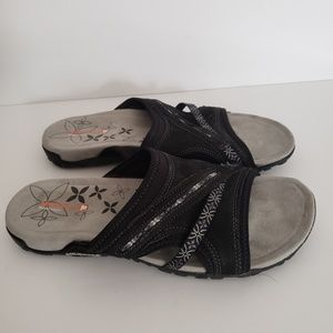 Merrell Black Suede Slip On Sandals Size 10